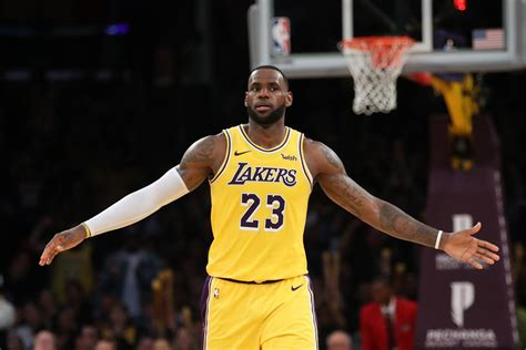 lakers trade rumors  lebron  dealt  teams