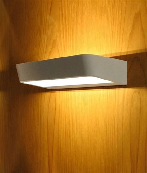 up and down wall lights white led wall fitting for up and down light distribution