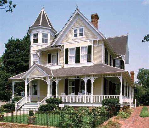 charm  queen anne houses  house