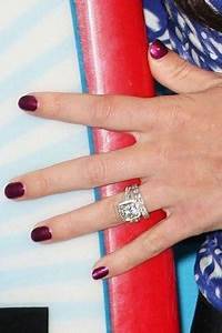Blake Lively Ring Design The Most Stunning And Spectacular A List Engagement Rings