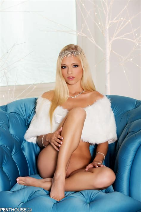 Alex Grey Is Your Holiday Princess In White Set I Fucking Love Porn