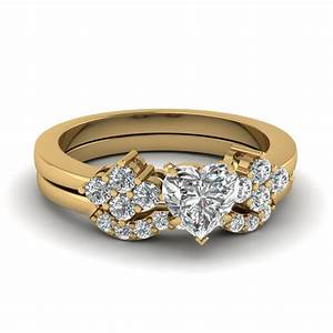 29 gorgeous heart shaped wedding ring sets navokalcom for Heart shaped diamond wedding ring sets