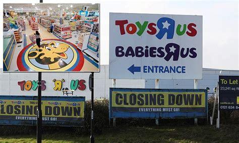 toys   set  sell geoffrey  giraffe mascot