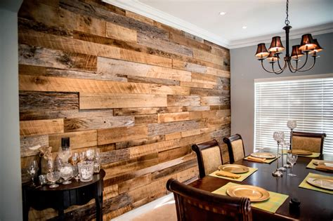Wand In Holzoptik by The Hughes Dining Room Reclaimed Wood Accent Wall Fama
