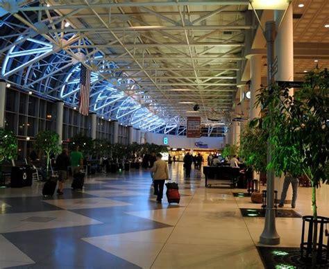 charlotte north carolina douglas international airport