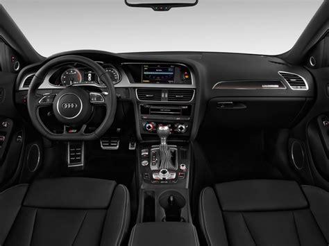 image  audi   door sedan man premium
