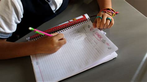more cursive in schools kasich approves new lessons to encourage penmanship wtsp com