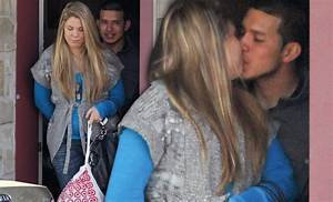progressive health of 2 star kailyn lowrly kisses mystery man following