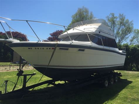 cabin cruiser for sale bayliner cabin cruiser 1985 for sale for 1 boats from