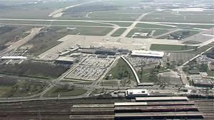 Aeroport De Berlin : a roport de sch nefeld berlin allemagne hd stock video 710 566 673 framepool ~ Medecine-chirurgie-esthetiques.com Avis de Voitures