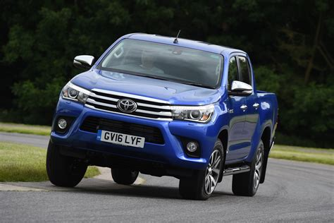 toyota pick up new toyota hilux pick up 2016 review pictures auto express