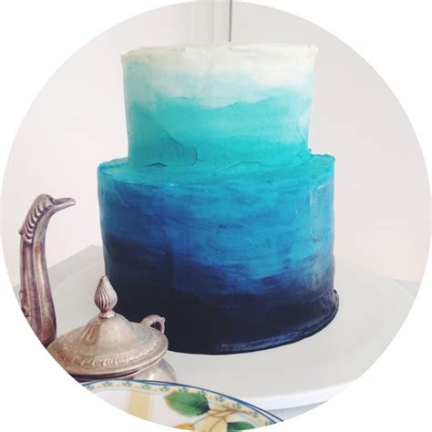 blue ombre cake  reverse    blue  red