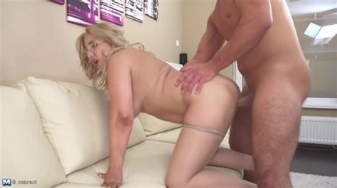 Fat Ass Hottie Bent Over The Couch And Fucked Doggy