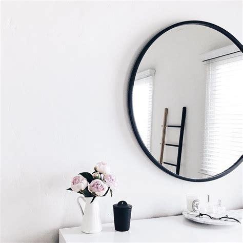 Bathroom Mirrors Black Frame by Best 25 Black Framed Mirror Ideas On Country