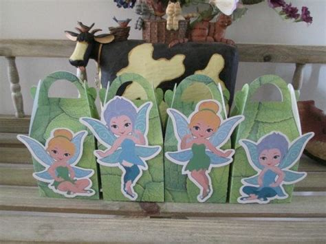 foto de Tinkerbell and Periwinkle Inspired Gable Favor Boxes Set