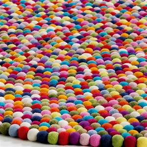 tapis rond colore idees de decoration interieure With tapis rond coloré