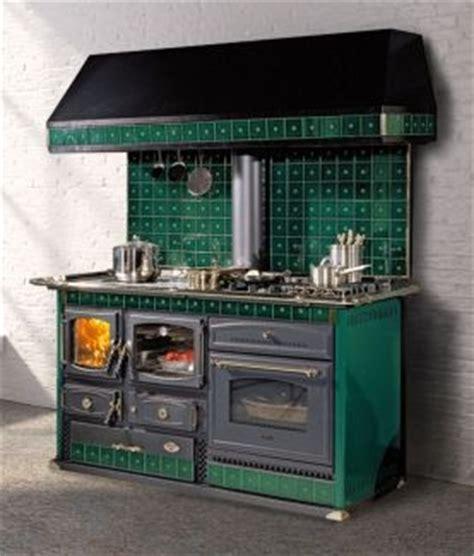 piano cuisine gaz emmanuelle réf chauffage cuisinières à bois