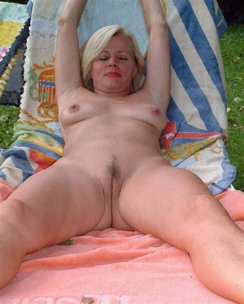 German Bitch Mature Slut Amateur Deutsche Hure - Free Porn Jpg
