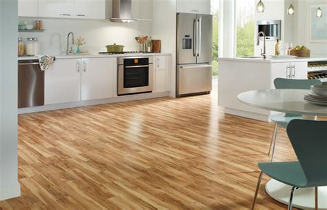 kitchen wood laminate flooring what is the difference between 6mm 7mm and 8mm laminate 6570