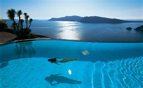Infinity Pool : Top Santorini Hotels With Infinity