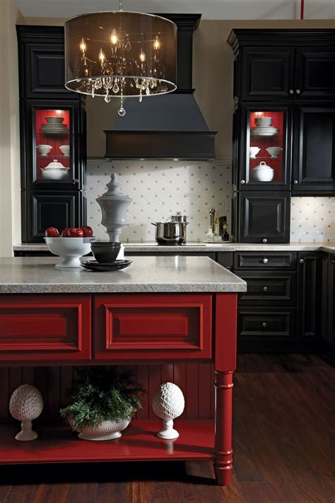 kraftmaid lyndale maple pebble grey cardinal insert