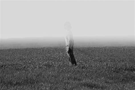 grey black  white fading   fog hd photo