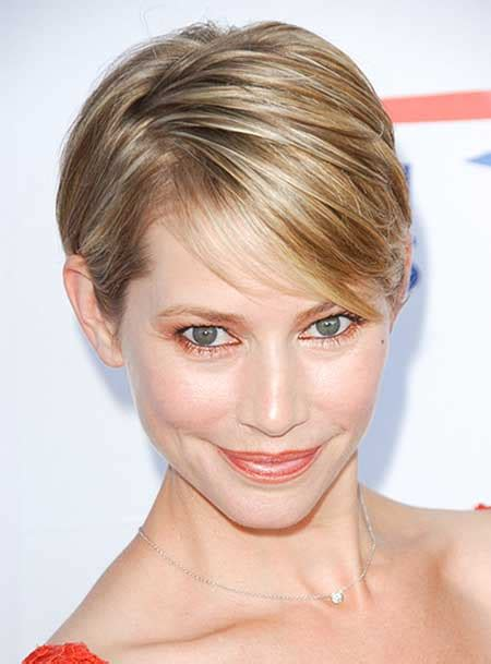30 Most Attractive Short Hairstyles for Thin Hair