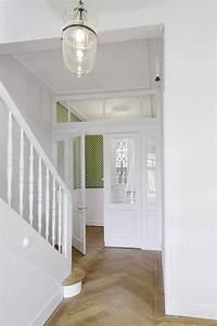 Neuer Belag Auf Alte Fliesen : ber ideen zu altbau sanieren auf pinterest altbau unter der treppe und raffrollo ~ Orissabook.com Haus und Dekorationen