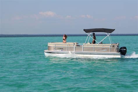 Pontoon Boats Destin Harbor by Best Crab Island Boat Rentals Tours My Crab Island