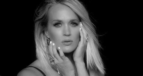 Carrie Underwood Debuts 'dirty Laundry' Music Video