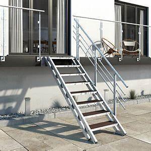 Treppe 3 Stufen Aussen : metalltreppe treppe balkontreppe aussentreppe 8 stufen wpc belag megawood ebay ~ Frokenaadalensverden.com Haus und Dekorationen