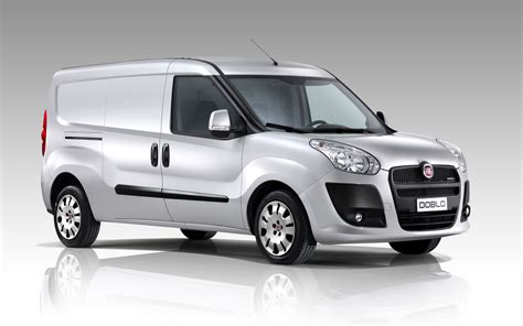Fiat Doblo by 2011 Fiat Doblo Photos Informations Articles