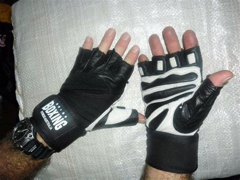 kettlebell gloves grip leather weight strap lifting wrist