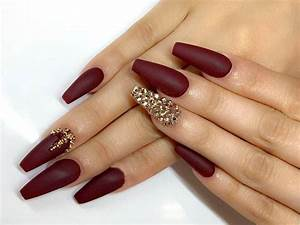 30 burgundy matte nails designs that drop your jaw