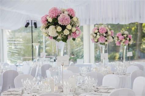 centres de table en honneur chic et d 233 coration florale et transparence mariage
