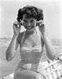 Geraldine Brooks – Take two | Vintage Venus - Beauty in ...