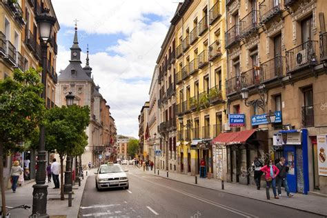 Madrid Spain May 28 2014 Old Madrid City Centre Busy