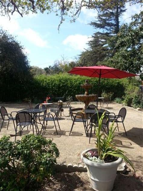 restaurant furniture net teams up with hamilton oaks
