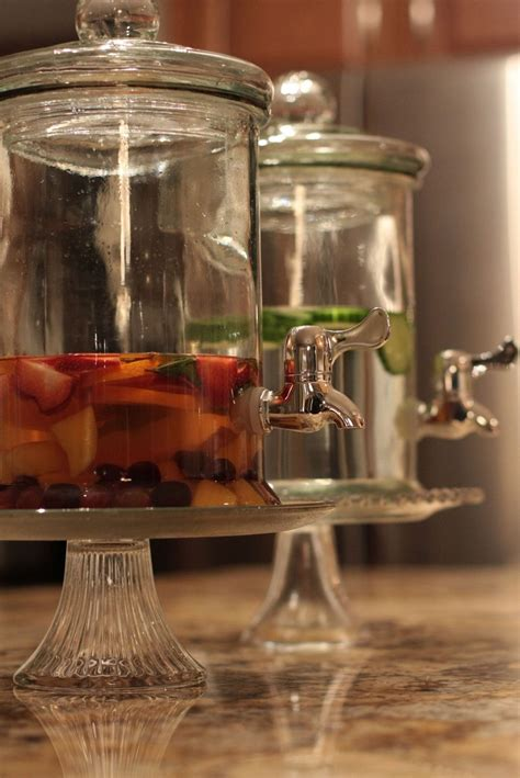 cake stand  raise  beverage dispenser aka glass