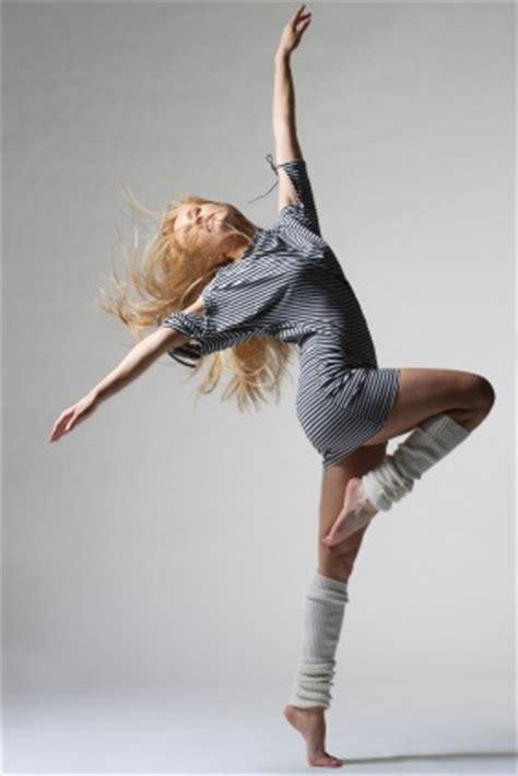 danseuse de moderne jazz stage de danse vacances de f 233 vrier modern jazz et barre a terre christine delpont cct toulouse