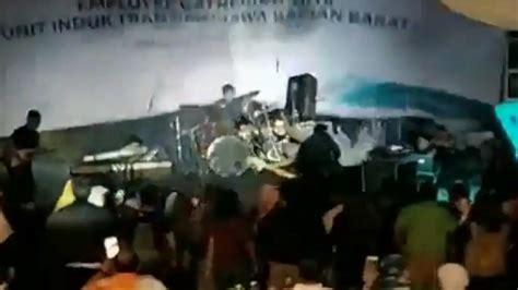 Indonesian Rock Band Swept Away By Tsunami, Several
