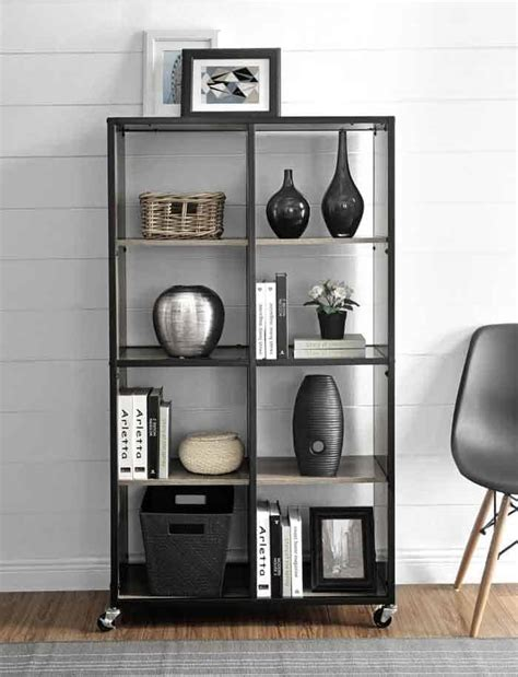 34 Freestanding Shelving Systems That Double As Room