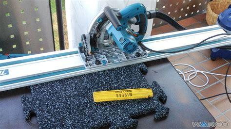 come tagliare le piastrelle taglio delle lastre di granuli di gomma warco pavimenti