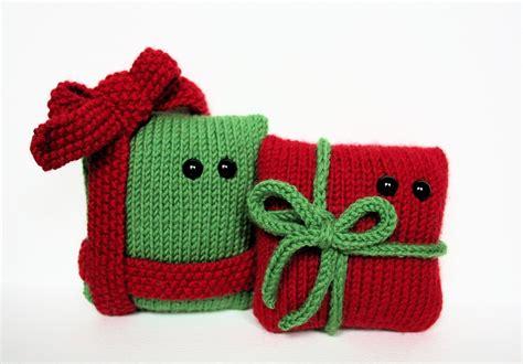 knit your own amigurumi christmas presents pdf knitting