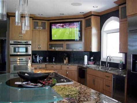 Best 25  Tv in kitchen ideas on Pinterest   Traditional