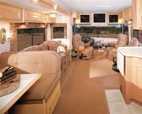 2004 National RV DOLPHIN LX   Class A   RVWeb.com