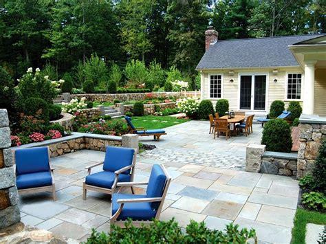 hot backyard design ideas    hgtv