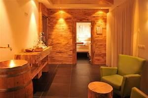 Sauna Im Keller : sauna wohlf hlen traubenhof kaltern ~ Buech-reservation.com Haus und Dekorationen