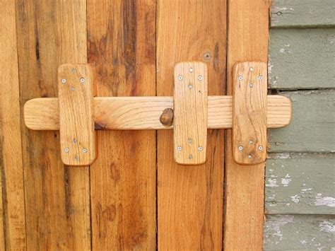 Wooden Double Gate Latch