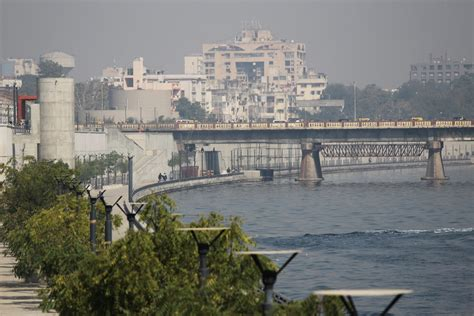 Ahmedabad issues municipal bonds to implement green projects